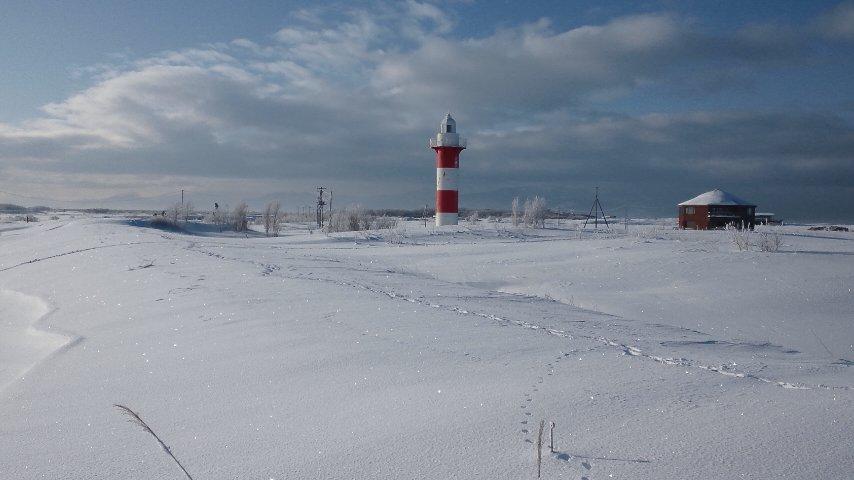 石狩川河口と石狩灯台